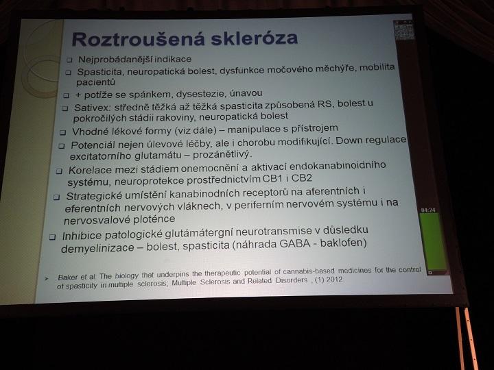 Konopí a roztroušená skleróza